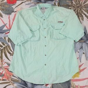 Columbia men's fishing shirt in mint green size M!